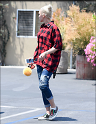 Celebrity Photo: Gwen Stefani 1200x1548   199 kb Viewed 43 times @BestEyeCandy.com Added 71 days ago
