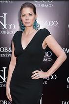Celebrity Photo: Debra Messing 2400x3600   671 kb Viewed 78 times @BestEyeCandy.com Added 47 days ago