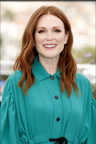 Celebrity Photo: Julianne Moore 1280x1924   342 kb Viewed 59 times @BestEyeCandy.com Added 62 days ago