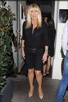 Celebrity Photo: Suzanne Somers 1200x1800   297 kb Viewed 79 times @BestEyeCandy.com Added 277 days ago
