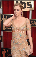 Celebrity Photo: Emily Blunt 800x1241   145 kb Viewed 84 times @BestEyeCandy.com Added 44 days ago