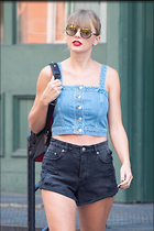 Celebrity Photo: Taylor Swift 2333x3500   826 kb Viewed 18 times @BestEyeCandy.com Added 39 days ago