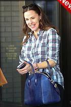 Celebrity Photo: Jennifer Garner 1200x1800   284 kb Viewed 3 times @BestEyeCandy.com Added 39 hours ago