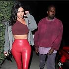 Celebrity Photo: Kimberly Kardashian 13 Photos Photoset #449848 @BestEyeCandy.com Added 60 days ago