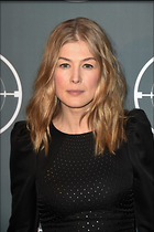 Celebrity Photo: Rosamund Pike 1200x1800   253 kb Viewed 48 times @BestEyeCandy.com Added 86 days ago