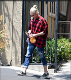 Celebrity Photo: Gwen Stefani 10 Photos Photoset #373062 @BestEyeCandy.com Added 78 days ago