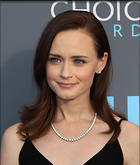 Celebrity Photo: Alexis Bledel 2400x2824   571 kb Viewed 29 times @BestEyeCandy.com Added 74 days ago