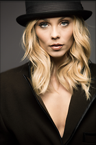 Celebrity Photo: Laura Vandervoort 2200x3300   964 kb Viewed 61 times @BestEyeCandy.com Added 98 days ago