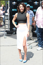 Celebrity Photo: Bethenny Frankel 1200x1800   211 kb Viewed 62 times @BestEyeCandy.com Added 52 days ago