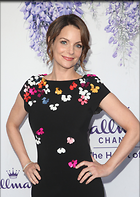 Celebrity Photo: Kimberly Williams Paisley 1800x2528   515 kb Viewed 78 times @BestEyeCandy.com Added 273 days ago