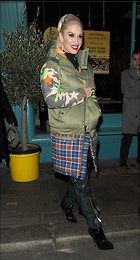 Celebrity Photo: Gwen Stefani 10 Photos Photoset #390296 @BestEyeCandy.com Added 49 days ago