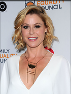 Celebrity Photo: Julie Bowen 1200x1597   202 kb Viewed 113 times @BestEyeCandy.com Added 401 days ago