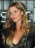 Celebrity Photo: Gisele Bundchen 2400x3265   1,064 kb Viewed 22 times @BestEyeCandy.com Added 25 days ago