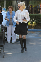 Celebrity Photo: Gwen Stefani 2 Photos Photoset #366338 @BestEyeCandy.com Added 144 days ago