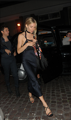 Celebrity Photo: Sienna Miller 1200x2016   214 kb Viewed 10 times @BestEyeCandy.com Added 15 days ago