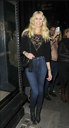 Celebrity Photo: Claudia Schiffer 1821x3386   600 kb Viewed 46 times @BestEyeCandy.com Added 110 days ago