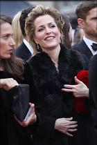 Celebrity Photo: Gillian Anderson 1600x2400   437 kb Viewed 30 times @BestEyeCandy.com Added 60 days ago