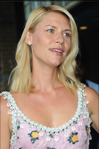 Celebrity Photo: Claire Danes 2010x3000   996 kb Viewed 118 times @BestEyeCandy.com Added 199 days ago
