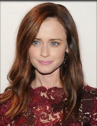 Celebrity Photo: Alexis Bledel 2100x2723   957 kb Viewed 24 times @BestEyeCandy.com Added 29 days ago