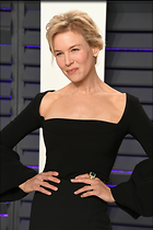 Celebrity Photo: Renee Zellweger 1365x2048   210 kb Viewed 39 times @BestEyeCandy.com Added 52 days ago
