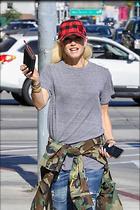 Celebrity Photo: Gwen Stefani 1200x1800   281 kb Viewed 12 times @BestEyeCandy.com Added 54 days ago