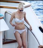 Celebrity Photo: Claudia Schiffer 1200x1326   162 kb Viewed 97 times @BestEyeCandy.com Added 27 days ago