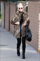 Celebrity Photo: Gwen Stefani 1200x1800   274 kb Viewed 11 times @BestEyeCandy.com Added 27 days ago