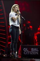 Celebrity Photo: Shakira 1200x1800   205 kb Viewed 102 times @BestEyeCandy.com Added 106 days ago