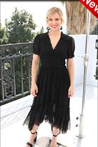 Celebrity Photo: Kristen Bell 1200x1800   267 kb Viewed 17 times @BestEyeCandy.com Added 3 days ago