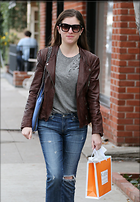 Celebrity Photo: Anna Kendrick 1977x2848   555 kb Viewed 11 times @BestEyeCandy.com Added 21 days ago