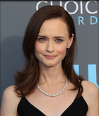 Celebrity Photo: Alexis Bledel 2400x2814   591 kb Viewed 43 times @BestEyeCandy.com Added 74 days ago