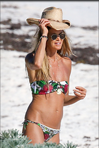 Celebrity Photo: Elle Macpherson 1200x1800   204 kb Viewed 44 times @BestEyeCandy.com Added 102 days ago