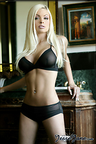 Celebrity Photo: Jesse Jane 533x800   95 kb Viewed 2.302 times @BestEyeCandy.com Added 3742 days ago