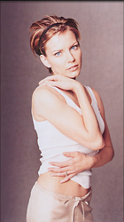 Celebrity Photo: Martina McBride 401x716   84 kb Viewed 9.508 times @BestEyeCandy.com Added 3724 days ago