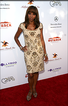 Celebrity Photo: Holly Robinson Peete 1938x3000   757 kb Viewed 292 times @BestEyeCandy.com Added 2154 days ago
