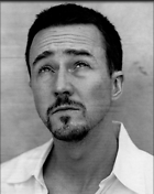 Celebrity Photo: Edward Norton 850x1068   187 kb Viewed 321 times @BestEyeCandy.com Added 3487 days ago