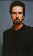 Celebrity Photo: Edward Norton 700x1167   97 kb Viewed 239 times @BestEyeCandy.com Added 3487 days ago