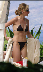Celebrity Photo: Sarah Michelle Gellar 1775x2967   541 kb Viewed 2.452 times @BestEyeCandy.com Added 3567 days ago
