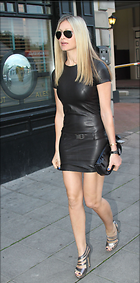 Celebrity Photo: Caprice Bourret 1380x2786   342 kb Viewed 677 times @BestEyeCandy.com Added 1496 days ago