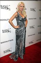 Celebrity Photo: Holly Madison 1976x3000   653 kb Viewed 88 times @BestEyeCandy.com Added 1539 days ago