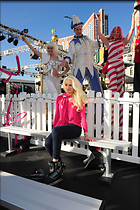 Celebrity Photo: Holly Madison 1997x3000   1,066 kb Viewed 22 times @BestEyeCandy.com Added 1621 days ago
