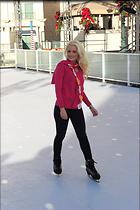 Celebrity Photo: Holly Madison 1997x3000   817 kb Viewed 119 times @BestEyeCandy.com Added 1621 days ago