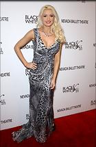 Celebrity Photo: Holly Madison 1950x3000   670 kb Viewed 84 times @BestEyeCandy.com Added 1565 days ago
