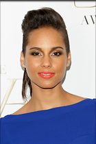Celebrity Photo: Alicia Keys 2000x3000   410 kb Viewed 200 times @BestEyeCandy.com Added 1073 days ago