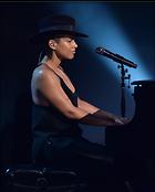 Celebrity Photo: Alicia Keys 1626x2025   435 kb Viewed 69 times @BestEyeCandy.com Added 1065 days ago