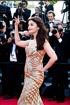 Celebrity Photo: Aishwarya Rai 2300x3450   987 kb Viewed 157 times @BestEyeCandy.com Added 989 days ago