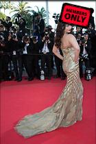 Celebrity Photo: Aishwarya Rai 2795x4200   1.5 mb Viewed 7 times @BestEyeCandy.com Added 959 days ago