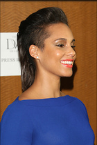 Celebrity Photo: Alicia Keys 2000x3000   556 kb Viewed 180 times @BestEyeCandy.com Added 1073 days ago