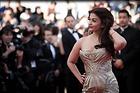 Celebrity Photo: Aishwarya Rai 4446x2964   1,050 kb Viewed 27 times @BestEyeCandy.com Added 959 days ago