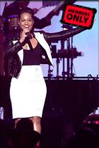 Celebrity Photo: Alicia Keys 1997x3000   1.3 mb Viewed 9 times @BestEyeCandy.com Added 1076 days ago